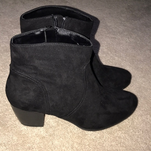 Jcpenney Ana Heel Booties Size